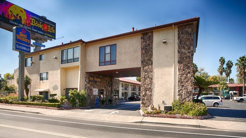 BEST WESTERN Sandman Motel