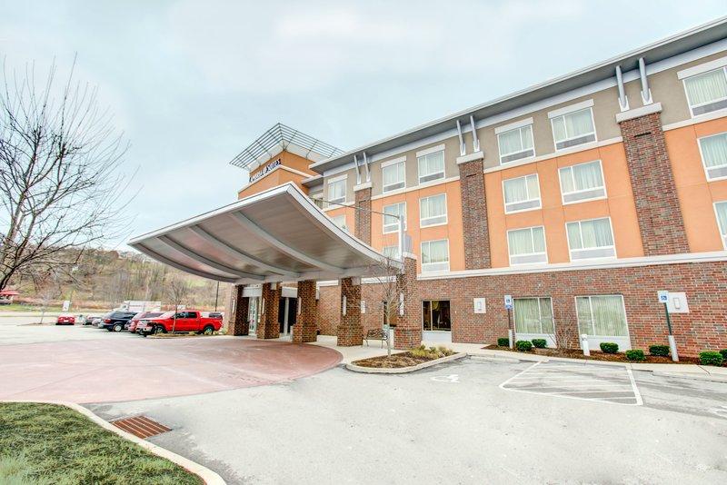 Cambria Hotel & Suites Washington