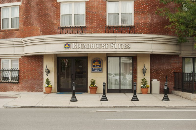 BEST WESTERN PLUS Roundhouse Suites