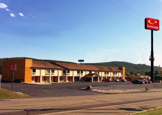 Econo Lodge Pine Grove