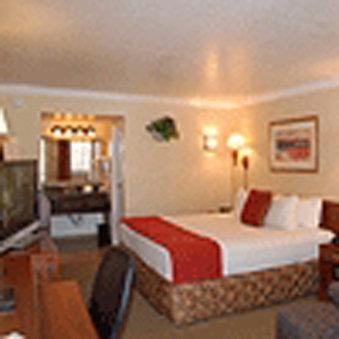 Hotel Aspen InnSuites