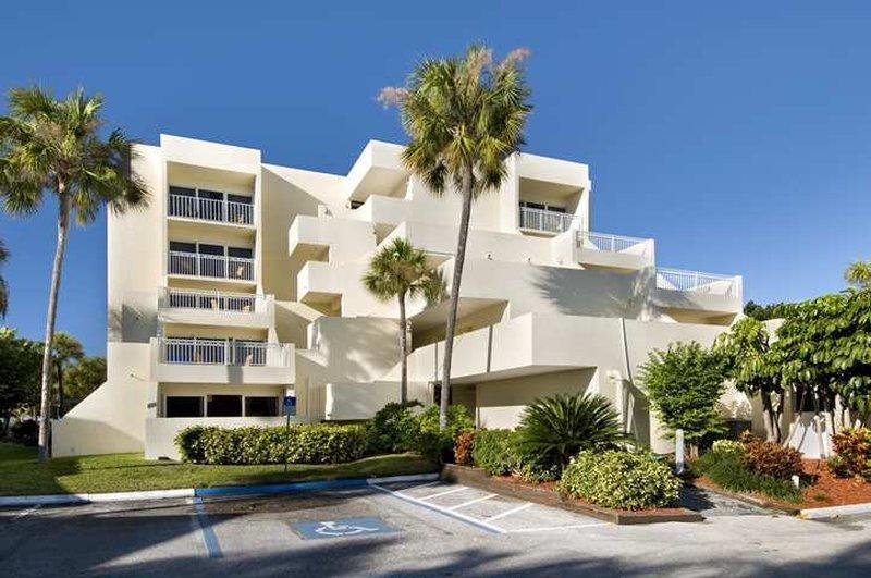 Hilton Longboat Key Beach Front  Resort