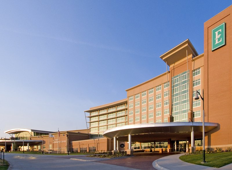 Embassy Suites Omaha La Vista / Hotel & Conference Center