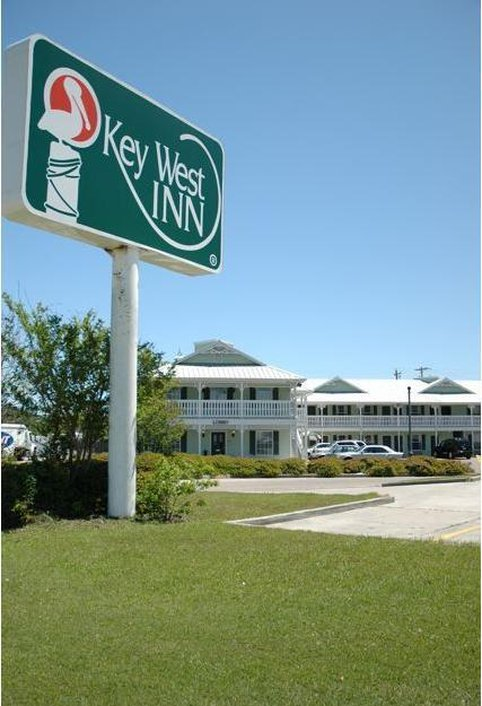bay saint louis mississippi hotels motels rates availability. Black Bedroom Furniture Sets. Home Design Ideas
