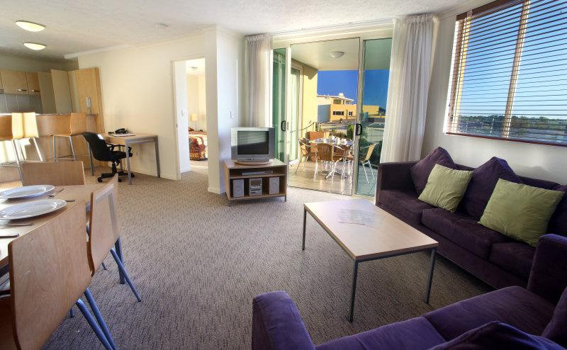 Caloundra Central Apartment