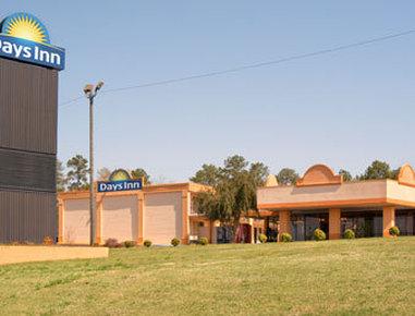 Days Inn by Wyndham Clanton AL