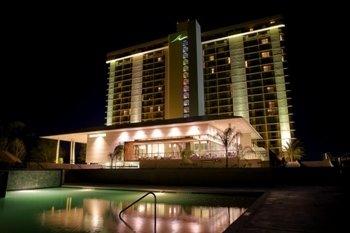 LaTorretta Lake Resort And Spa