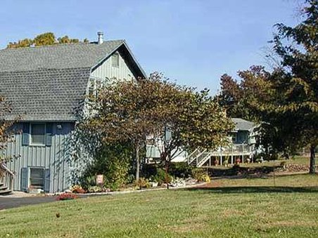 Red Bud Cove Bed & Breakfast S
