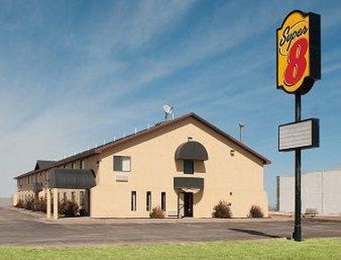 OYO Hotel Pratt KS Route 400