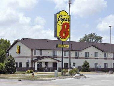 Super 8 Ankeny/Des Moines Area