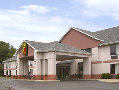 Super 8 Troy IL/St. Louis Area