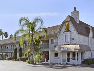Super 8 San Bernardino/Hospitality Lane