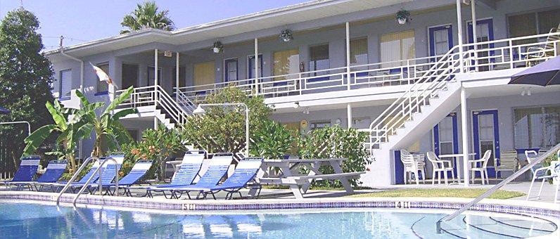 Traveler Resort