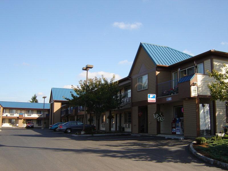 Tulip Inn