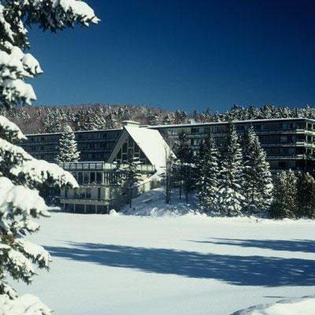 Snow Lake Lodge
