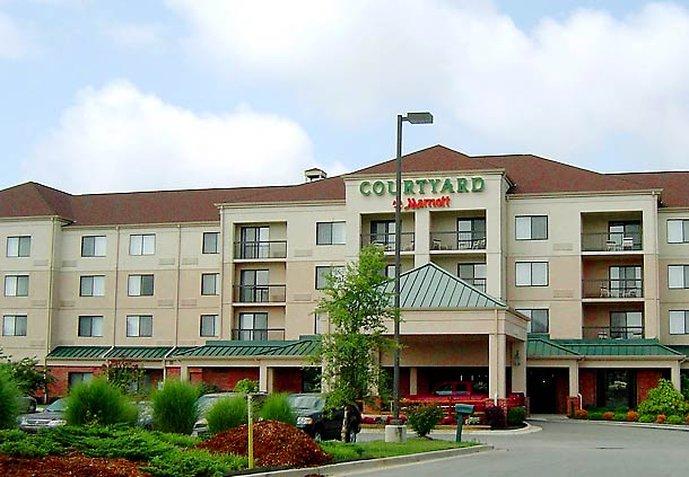 Courtyard Decatur