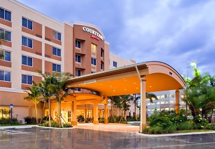Courtyard by Marriott Miami West / FL Turnpike