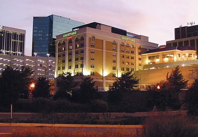 Courtyard Norfolk Downtown