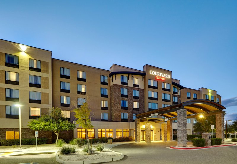 Courtyard by Marriott Phoenix North / Happy Valley