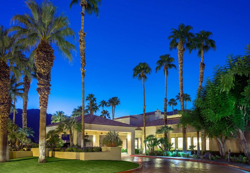 Courtyard Palm Springs