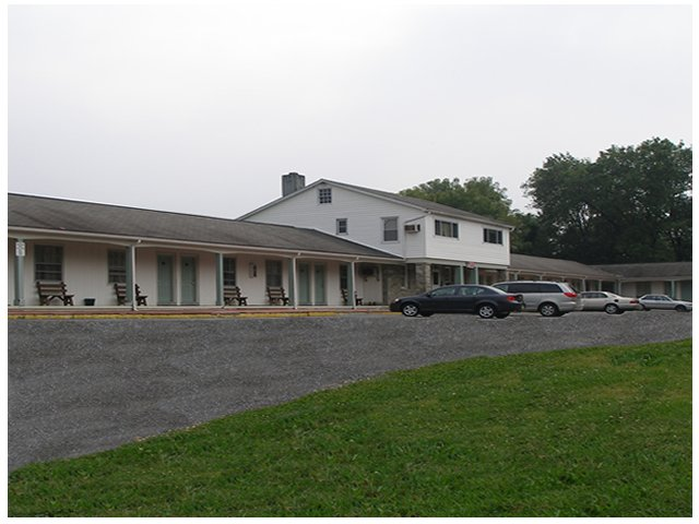 Red Carpet Inn & Suites Morgantown