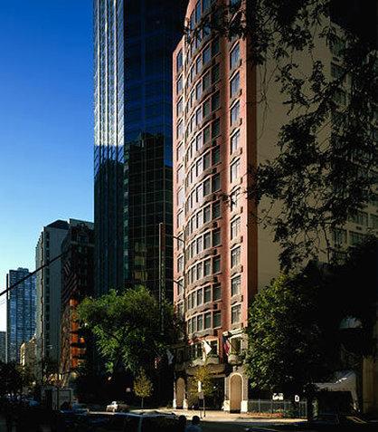 Fairfield Inn & Suites Chicago Downtown / Magnificent Mile