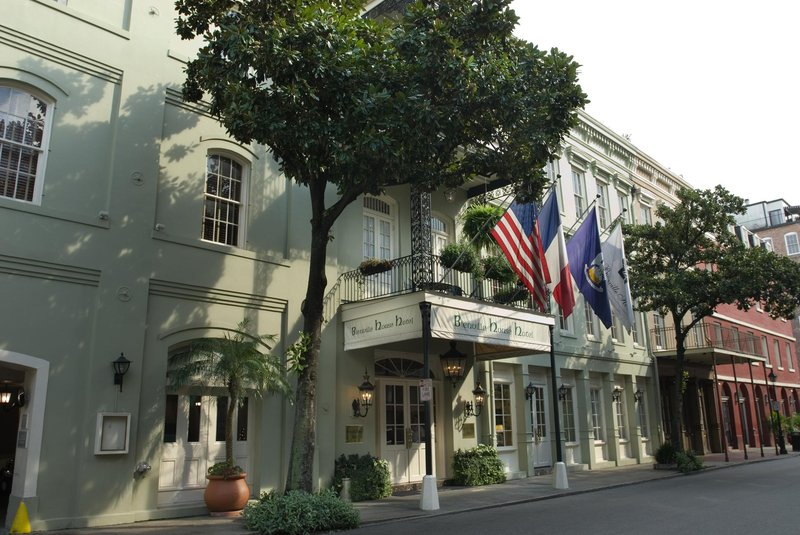 Bienville House Hotel