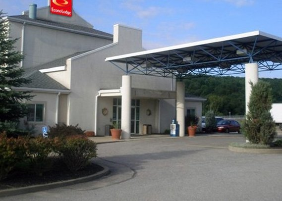 Econo Lodge Meadville