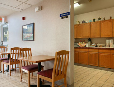 Microtel Inn & Suites By Wyndham Olathe