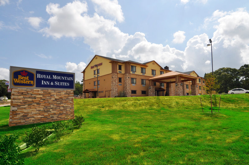 BEST WESTERN PLUS Royal Mountain Inn & Suites