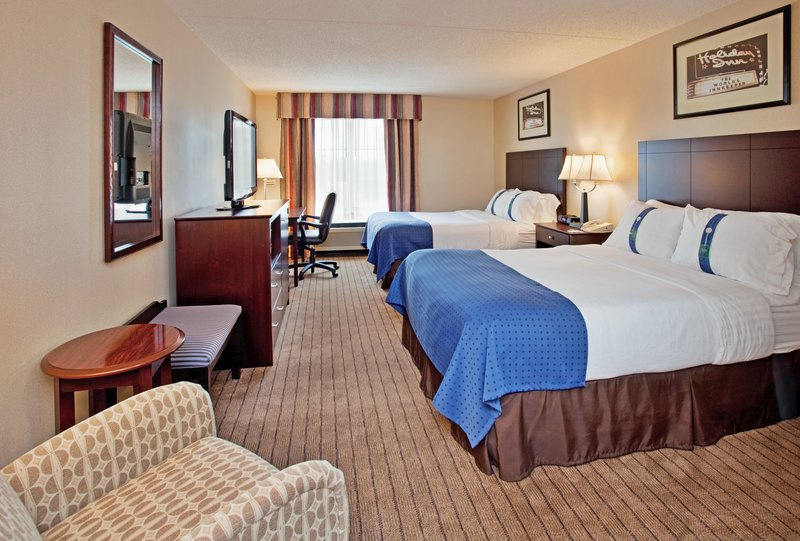 Holiday Inn Hotel & Suites Overland Park Convention Center