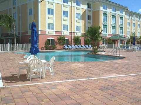 Holiday Inn Express Hotel & Suites WEST OF THEME PARK AREA