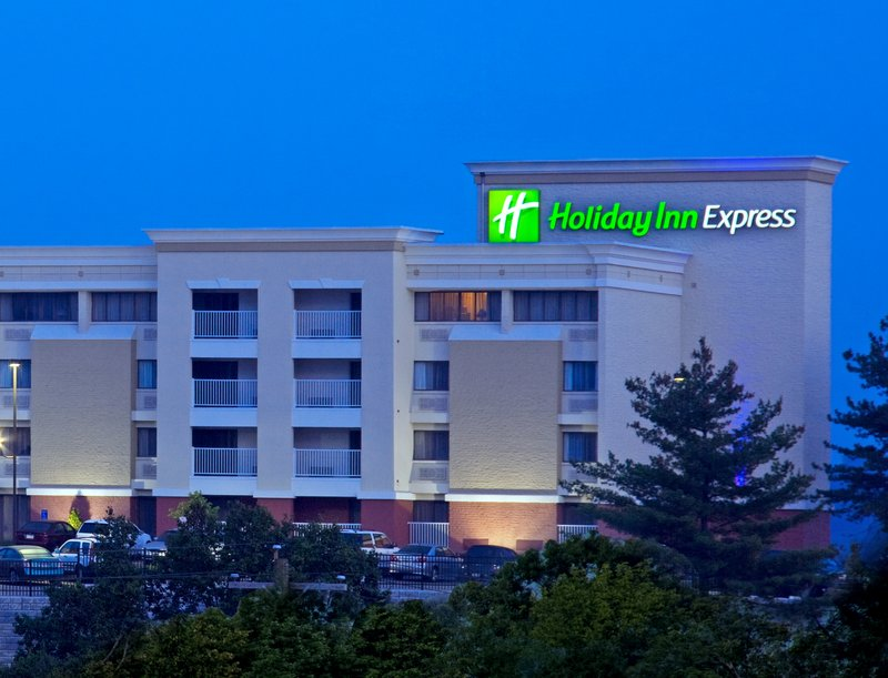 Holiday Inn Express West Cincinnati