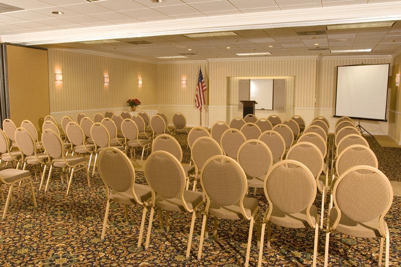 Holiday Inn Hotel & Suites VERO BEACH-OCEANSIDE