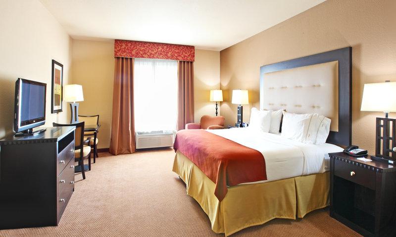 Holiday Inn Express Suites Van Buren Ft. Smith Area