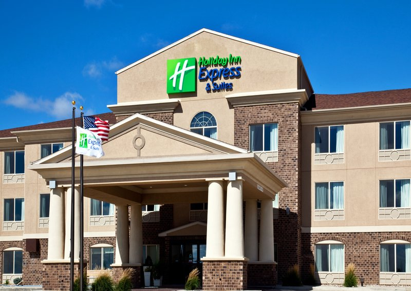 Holiday Inn Express & Suites Sioux Center