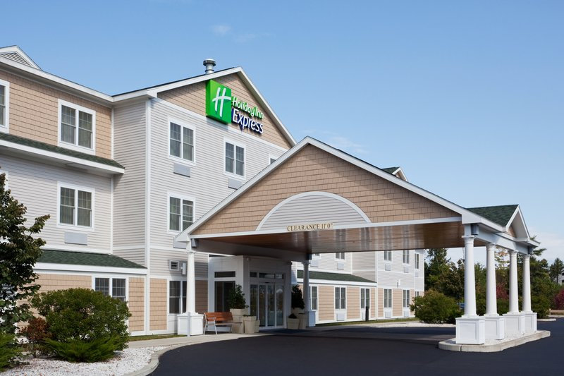 Holiday Inn Express & Suites FREEPORT - BRUNSWICK AREA