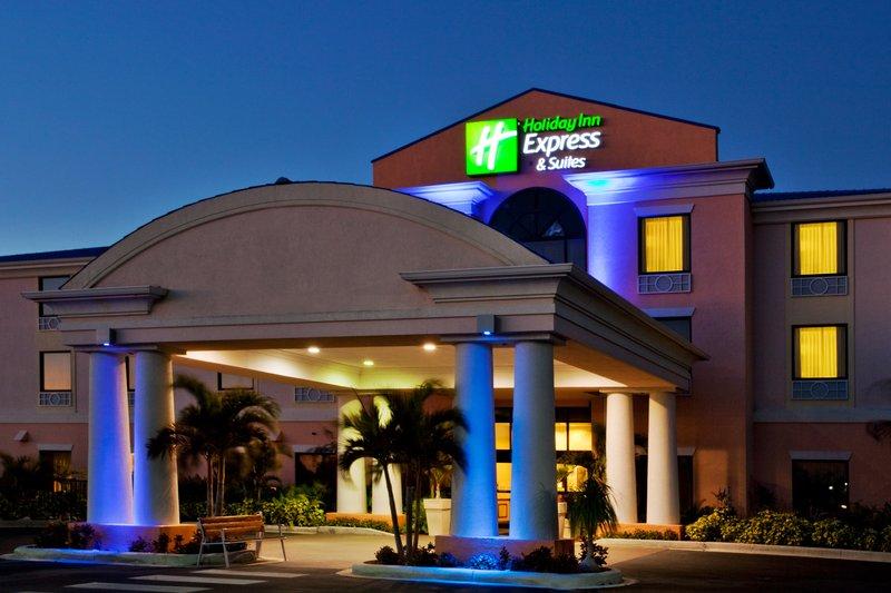 Holiday Inn Express Hotel & Suites Lake Okeechobee