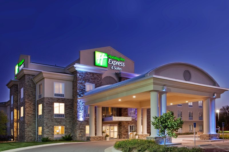 Holiday Inn Express Hotel & Suites East Wichita I 35 Andover