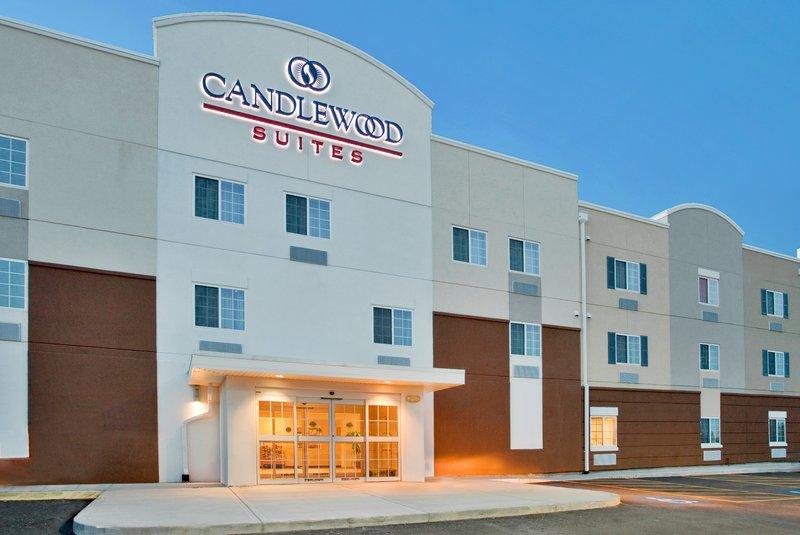 Candlewood Suites KANSAS CITY AIRPORT