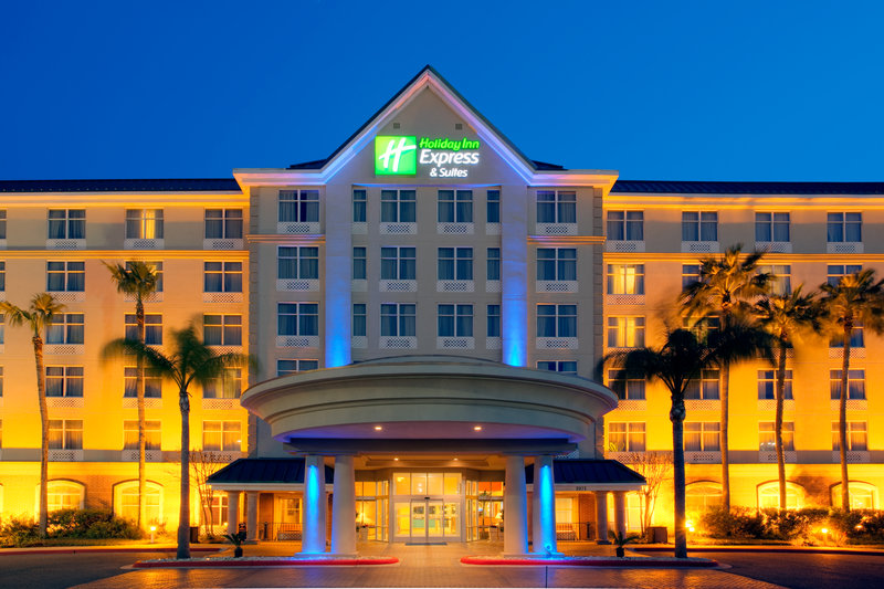 Holiday Inn Express & Suites MCALLEN (AIRPORT/LA PLAZA MALL