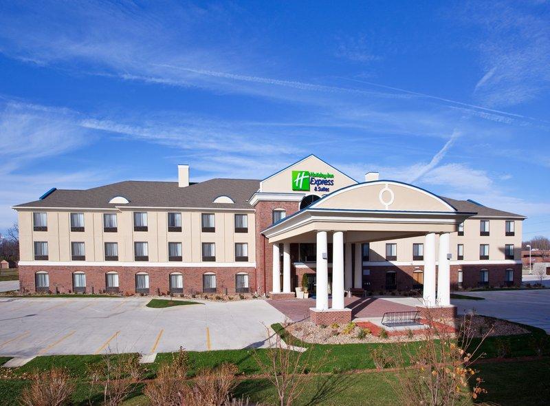 Holiday Inn Express Hotel & Suites East Lansing