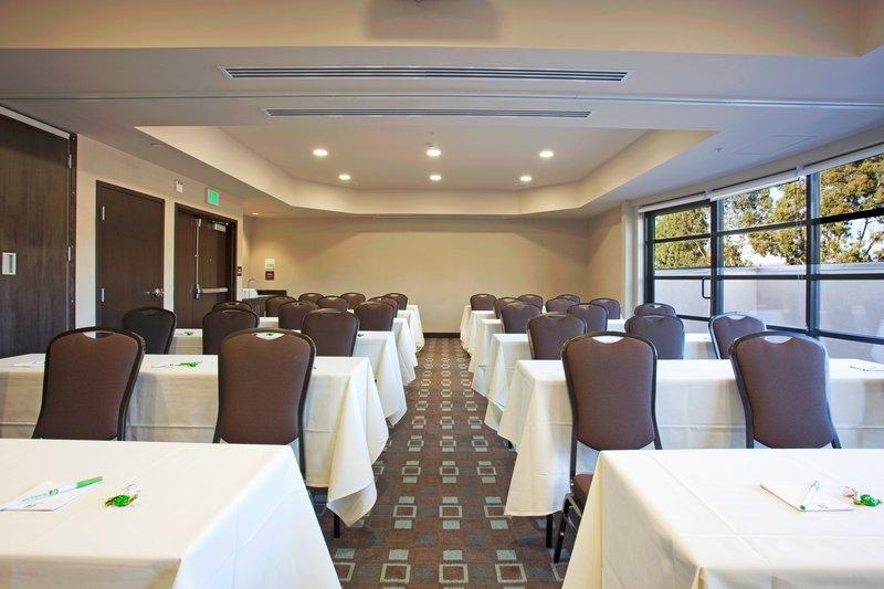 Holiday Inn IRVINE SOUTH/IRVINE SPECTRUM