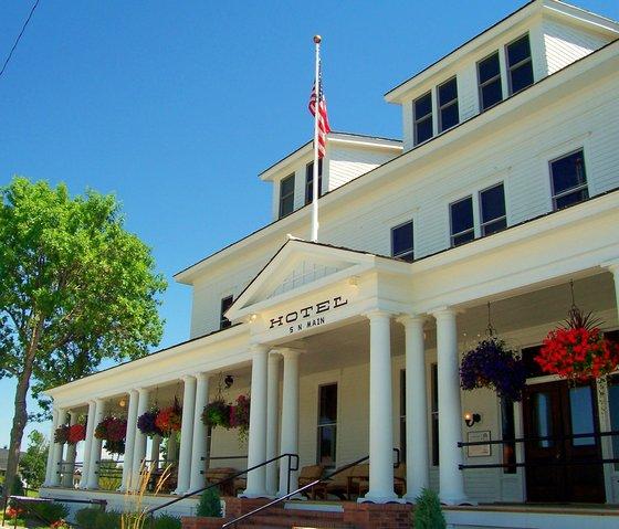 Sacajawea Hotel Historic Hotels Of America