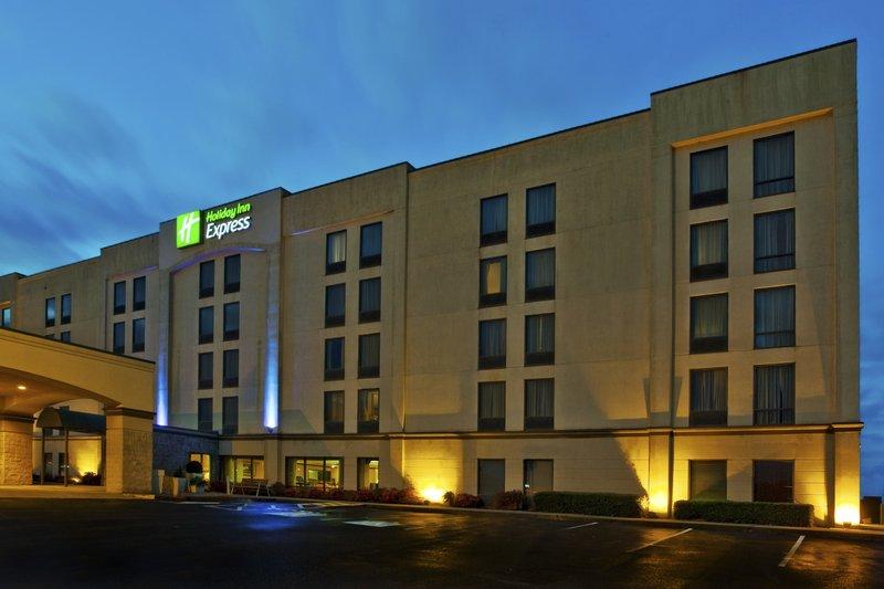 Holiday Inn Express Atlanta W / I 20 / Douglasville