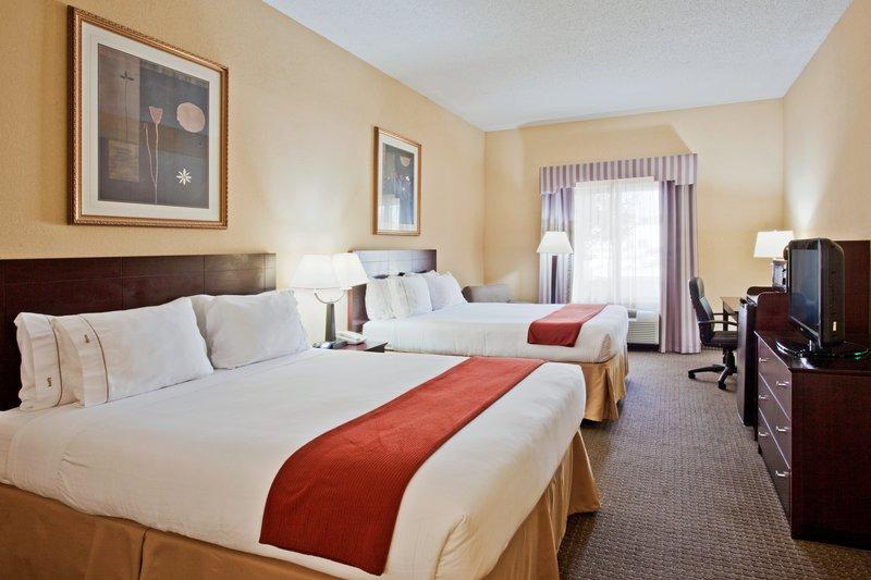 Holiday Inn Express Hotel & Suites Sebring