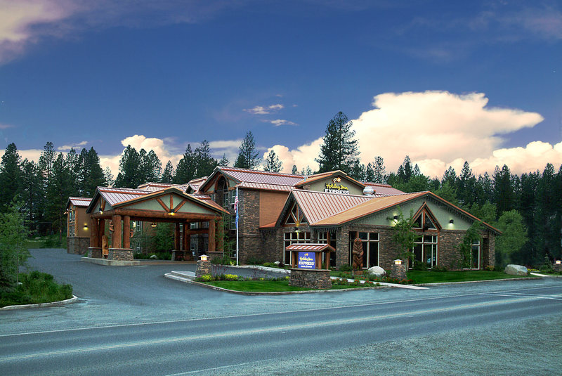Holiday Inn Express Hotel & Suites McCall The Hunt Lodge