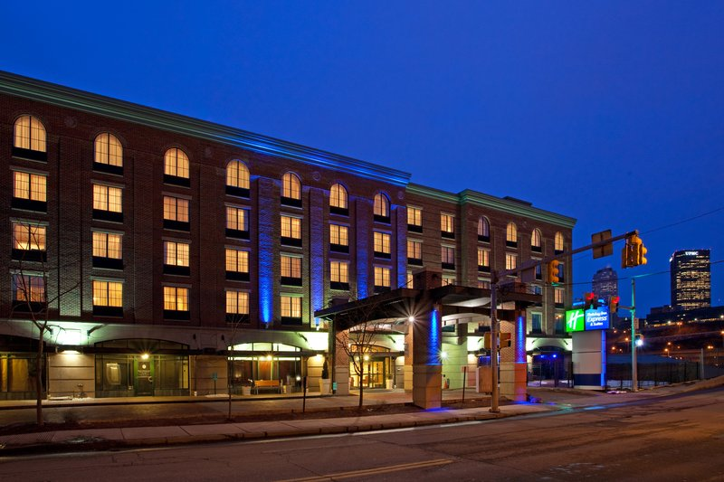 Holiday Inn Express Hotel & Suites Pittsburgh South Side