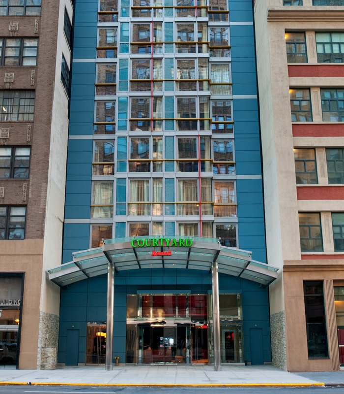Courtyard by Marriott New York Manhattan / SoHo