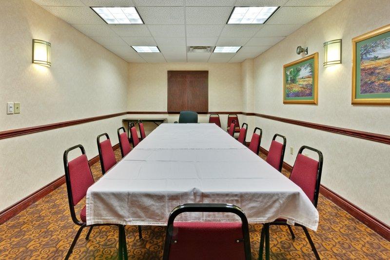 Holiday Inn Express & Suites DAYTON WEST - BROOKVILLE